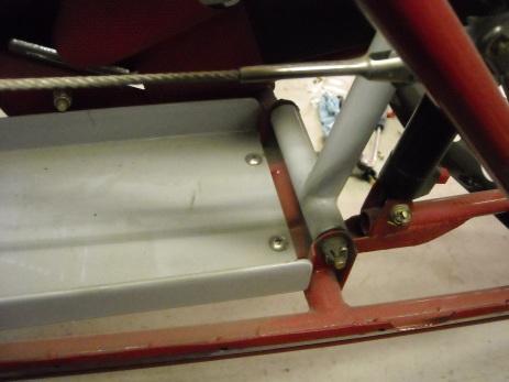 Rudder pedal mount details 007
